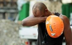 Incidente sul lavoro a Borgo San Lorenzo, cade da un tetto per 6 metri: è grave