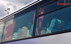 Emergenza migranti, da Ghana e Nigeria altri 96 oggi in Toscana. Le foto dell'arrivo a Firenze