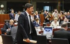 Immigrazione, l'UE decide: nessuna ripartizione obbligatoria dei profughi, l'Italia si arrangi