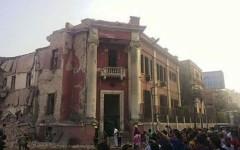 Il Cairo: autobomba al consolato italiano, vittime. Gentiloni: «Nessun italiano coinvolto»