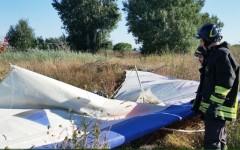 Pisa, incidente col deltaplano: pilota precipita e muore
