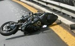 Firenze, incidente stradale: grave un 40enne caduto dallo scooter