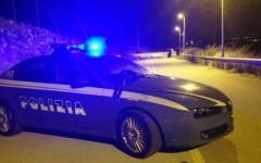 Pisa: armato di pistola rapina una gioielleria. Bottino: decine di migliaia di euro