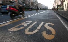 Firenze, incidente fra bus di linea e auto: tredici feriti. Anche due bambini