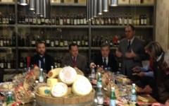 Toscana, pecorino dop: eccellenze alimentari, parte il blog tour #pecorinotoscanolive