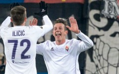 Europa League: bella Fiorentina, danneggiata dall'arbitro e da... Roncaglia. E' solo pari: 2-2. Pagelle. Classifica