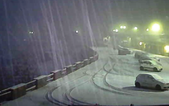 Abetone, prima neve vera. E gli operatori sciistici sperano...