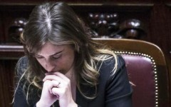 Maria Elena Boschi, mozione di sfiducia respinta: 373 «no» contro 129  «sì»