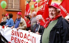 Pensioni, Camusso (Cgil) a Renzi: basta annunci devastanti. Damiano: separare previdenza e assistenza