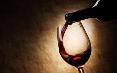 Vino: cresce il consumo delle bollicine, più del rosso e del bianco