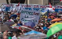 Family day: a Roma, Circo Massimo, oltre un milione di persone. Per dire no alle unioni civili