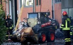 Prato, incendio dove morirono 7 operai cinesi: il pm chiede 4 anni di reclusione per i proprietari del capannone