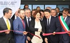 San casciano Val di pesa: Renzi alla Laika. La visita diventa show per le riforme. L'abbraccio a Enrico Rossi, candidato alla segreteria Pd
