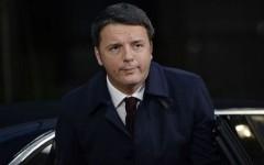 Migranti, Renzi nella sua enews: impieghiamoli in lavori socialmente utili. Naturalmente gratis