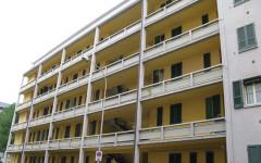 Arezzo: ricoverato in ospedale, gli occupano la casa