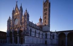 Siena, Duomo: turisti tedeschi rifiutano i controlli all'ingresso, mostrano gli zaini solo ai Carabinieri