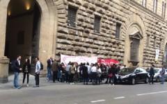 Guess Firenze: l'azienda non accetta incontro in Regione. Indetto lo stato d'agitazione