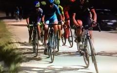 Giro d'Italia, Arezzo: a Brambilla tappa e maglia rosa. Chiodi sul percorso. Domenica 15 maggio crono del Chianti