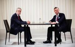 Presidenziali in Austria: vince il verde Van der Bellen (con il 50,3%). Sconfitto di misura l'ultranazionalista Hofer