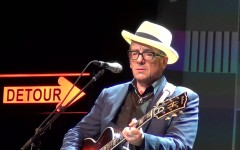 Firenze: Elvis Costello in concerto al Teatro Verdi