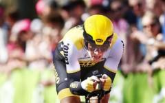 Giro d'Italia, 9/a tappa Radda-Greve: allo sloveno Roglic la cronometro del Chianti Classico. Tormentata dalla pioggia