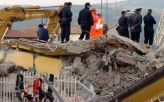 Migranti, San Giuliano (Cb): il Governo piazza un centro d'accoglienza nelle zone terremotate, protestano i sindaci