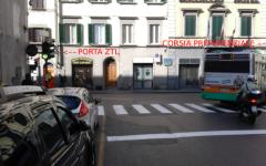 Firenze, traffico caos in zona stazione Santa Maria Novella: il comune studia i rimedi