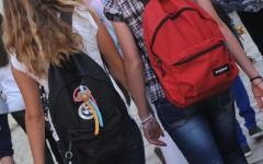 Pistoia: bidello 55enne arrestato con l'accusa di molestie a una studentessa minore