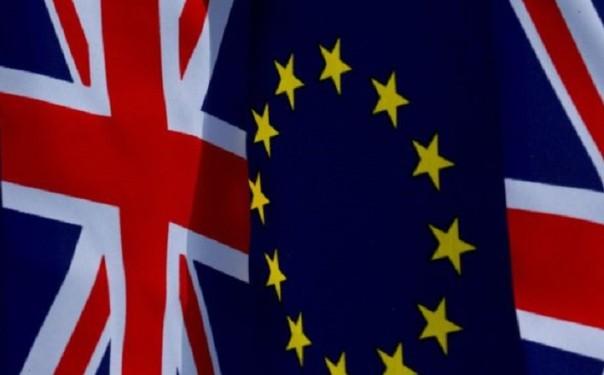 Ue avverte Londra, regole o salta transizione'