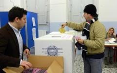 Ballottaggi: affluenza nazionale, alle ore 12 ha votato il 14,48%, in Toscana il 17,07%