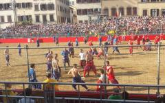 Calcio storico 2016: Azzurri in finale. Rossi sconfitti con onore (6 cacce e mezza a 2) dalle prodezze di Piombino e Serra (Foto)