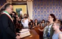 Unioni civili: a Castel San Pietro (Bo) la prima cerimonia, fra due donne
