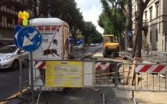 Firenze, lavori stradali: cantieri abbandonati e caos totale nella zona Cure-Don Minzoni. Gravi disagi, Comune assente (Foto)