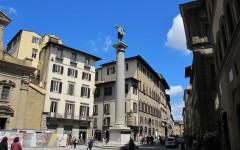 Firenze, Colonna della Giustizia di piazza Santa Trinita: via al restauro