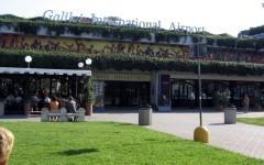 Pisa: bus alla fermata del People Mover. E' guerra fra Comune e Toscana Aeroporti