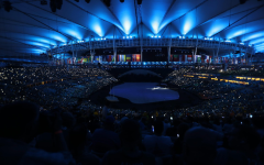 Olimpiadi Rio 2016: cerimonia inaugurale, applausi all'Italia, contestazioni all'esterno dello Stadio