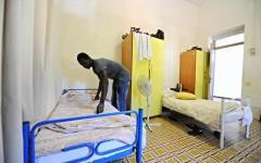 Firenze: 185 giovani e religiosi statunitensi abbandonano l'ostello della gioventù per la presenza dei profughi