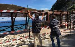 Spiagge: liberate aree demaniali occupate abusivamente all'Elba e a Porto Santo Stefano
