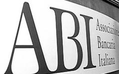 Banche: Palazzo Chigi precisa, il premier vuol tagliare i consigli d'amministrazione, non i dipendenti