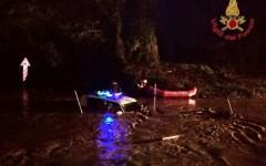 Maltempo: bomba d'acqua a Montecatini, tre persone salvate in un sottopasso