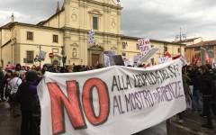 Firenze Leopolda: i comitati No Renzi sfidano il divieto del questore. Concentramento in Piazza san marco per il corteo