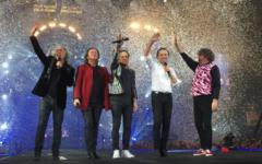 I Pooh hanno chiuso la carriera a Bologna fra le lacrime dei fans: 50 anni di musica diventano storia