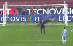 Fiorentina battuta anche dalla Lazio: 3-1. I viola dominano la ripresa, ma Ilicic sbaglia un rigore. Poi segna Zarate. Arbitro irritante. Pa...