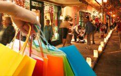 Economia: consumi fermi anche per Natale, gli 80 euro non funzionano proprio