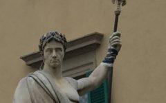 Arezzo: temperature polari, danneggiata dal gelo la statua di Ferdinando III