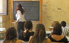Scuola, insegnanti: decise 52mila nuove assunzioni. C'è l'intesa fra ministero dell'Istruzione e dell'Economia