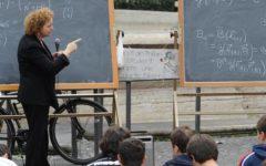 Scuola, caos: trasferimenti, movimenti e ricorsi, un insegnante su tre ha cambiato cattedra