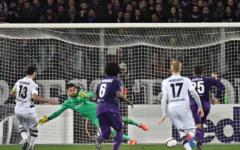 Fiorentina: vergogna! Si fa rimontare ed eliminare dal Borussia (2-4). Fischiata. Contestati i Della Valle e Sousa. Pagelle