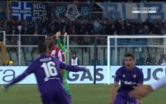Fiorentina bruttissima, ma vince al 95' a Pescara (1-2). Con doppietta di Tello. Chiesa: la luce. Pagelle
