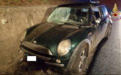 Monte San Savino (Ar): 46enne muore nell'auto uscita di strada